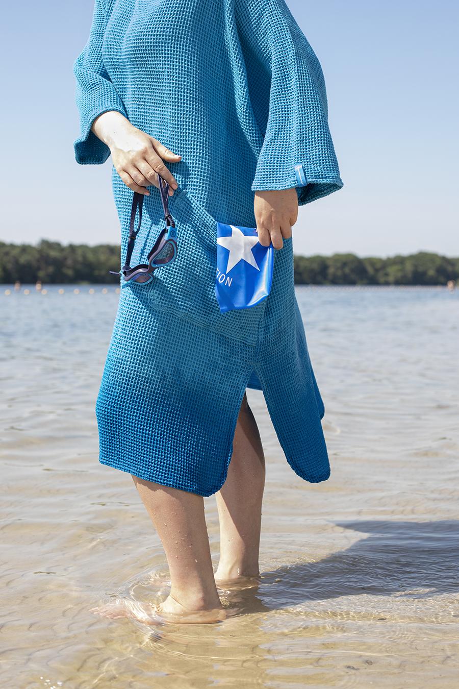 zeemeermantel aqua blue