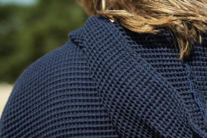 zeemeermantel navy blue detail