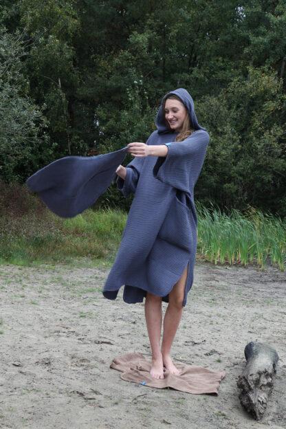 zeemeermantel® antracite grey omkleed poncho